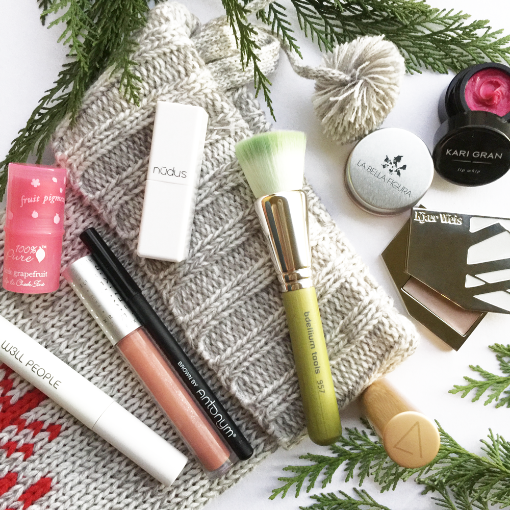 stocking-stuffers-makeup-lovers